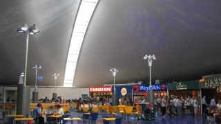 Fully insulated tensile fabric roof