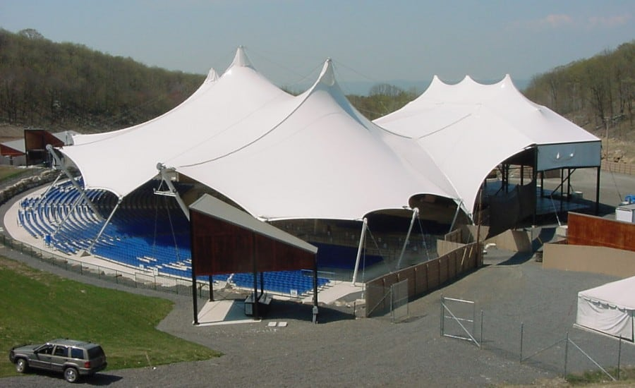 Tensile fabric canopy for outdoor theatre
