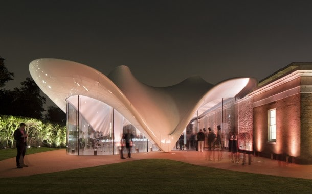 Fully insulated tensile fabric structure