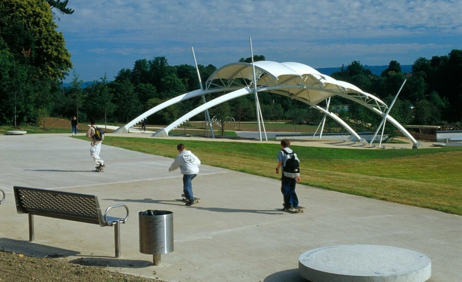 Fabric structure in a park