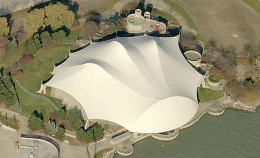 Impressive fabric amphitheatre