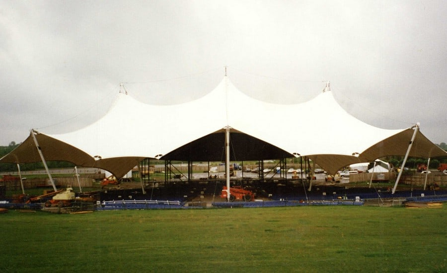 Giant canopy for outdoor performance