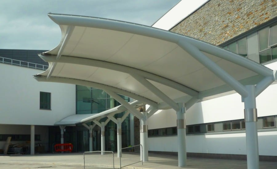 ... Tensile fabric canopies at hospital site ... & New Downe Hospital - Architen Landrell