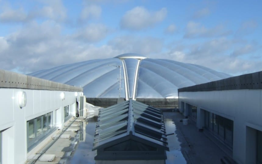 ETFE roof over school courtyard
