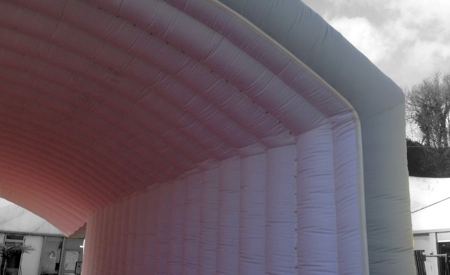 Inflatable fabric tunnel