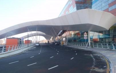 Dramatic entrance canopy