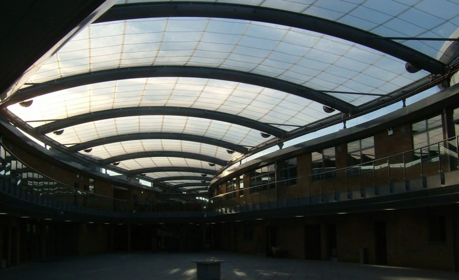 Dry space under ETFE foil roof