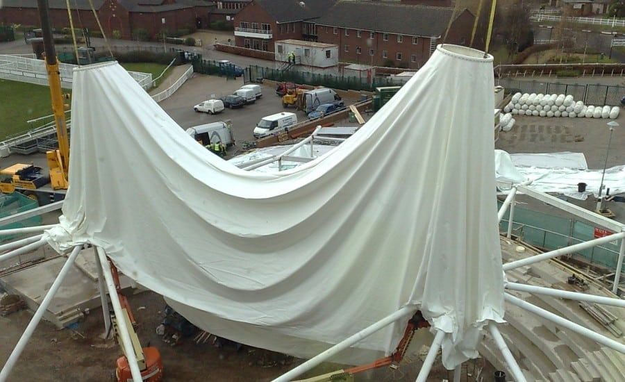 Installation of a fabric canopy
