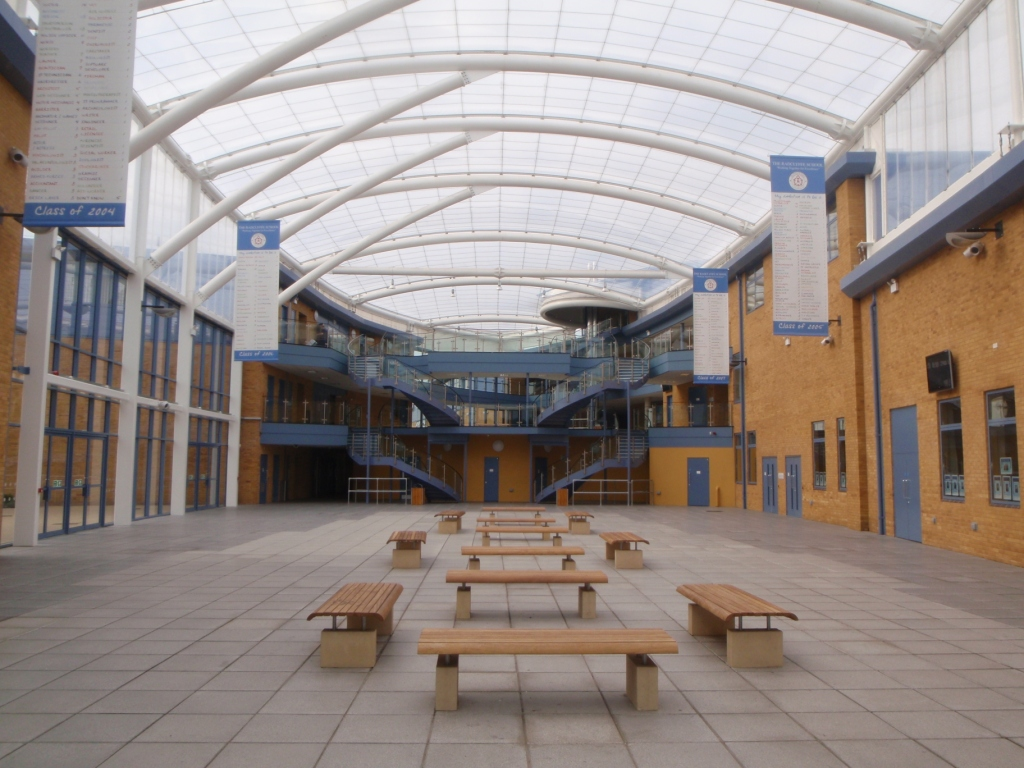 Single ply ETFE foil roof over a school atrium