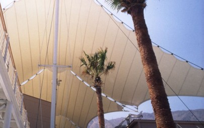Shopping mall tensioned fabric membrane roof